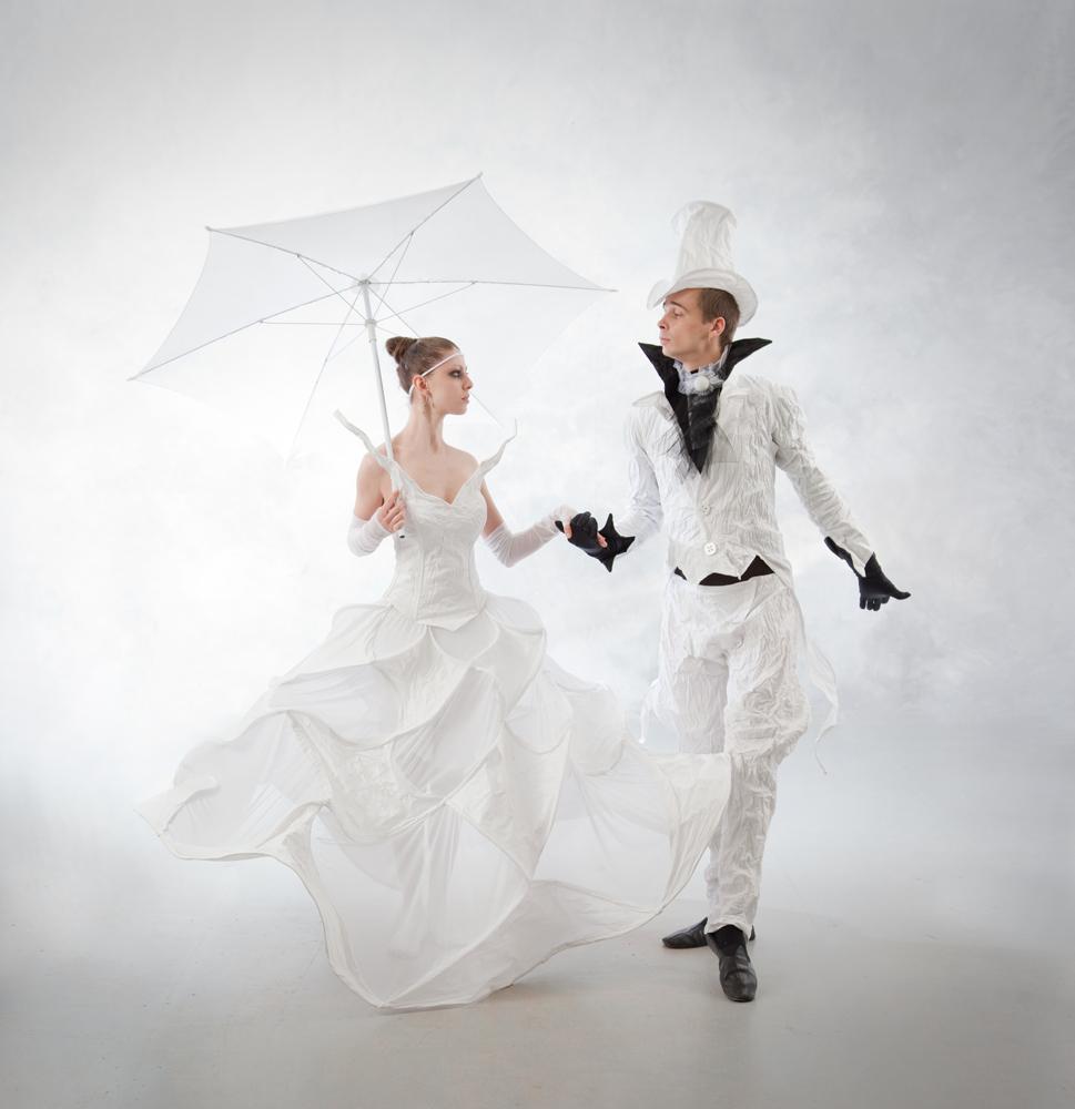 Свадебные платья и костюмы - У Нас